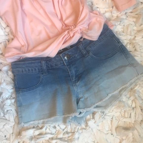 Forever 21 Pants - XXI umbra shorts - sz 24